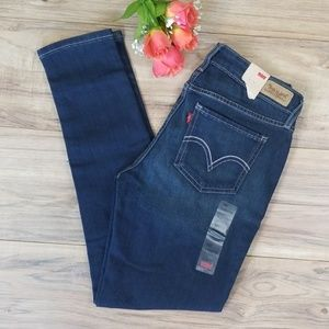 Levis 👖 535 Legging NWT Size 9 Short